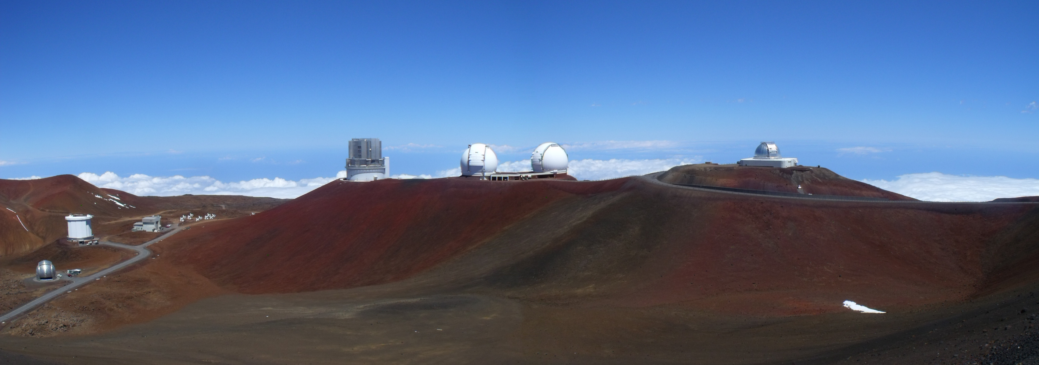 http://c.gp.tohoku.ac.jp/~promotion/blog/upload_images/Mauna-Kea-Observatory-West.jpg