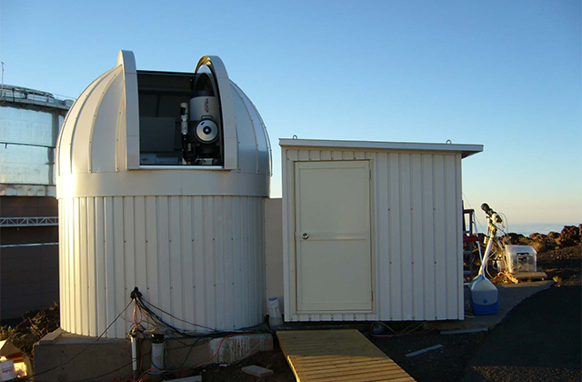 ハレアカラ山頂には、もう一つ40cm望遠鏡があり、惑星観測が継続されている。
